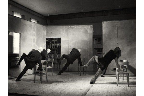 """Re//mix/ Pina Bausch"" (2011) Directed and created by Zbigniew Szumski. Teatr Cinema and komuna//warszawa. Photo by Teatr Cinema."