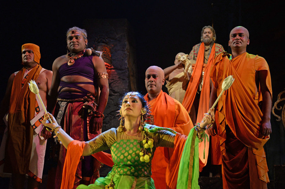 """India: Rangapat Theatre's """"Dharmashoke"""": A New and Fresh Look into His/Herstory"""