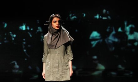 """Hearing"" Iranian Play, performed at 2016 Festival d'Avignon"