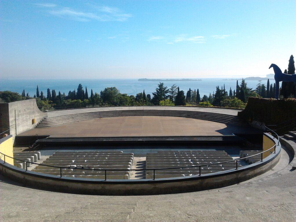 """The Amphitheatre at the Vittoriale.  Image courtesy of Fondazione """"Il Vittoriale degli Italiani,"""" Gardone Riviera (Italy)."""