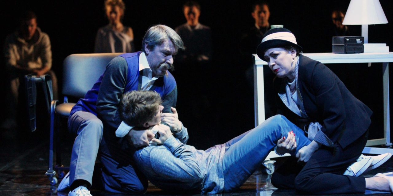 Moscow Artistic Director Warns of Resurgent Censorship