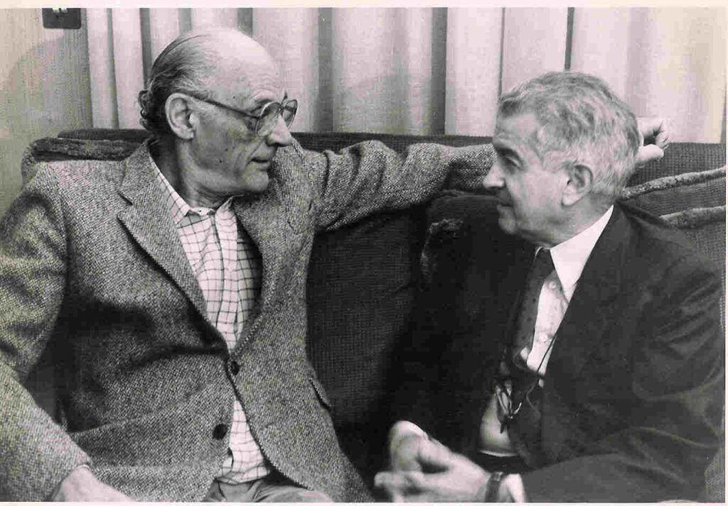Gerardo Guerrieri and Arthur Miller, photo by Tommaso Le Pera. Image courtesy of Guerrieri Family Archive, Rome (Italy)