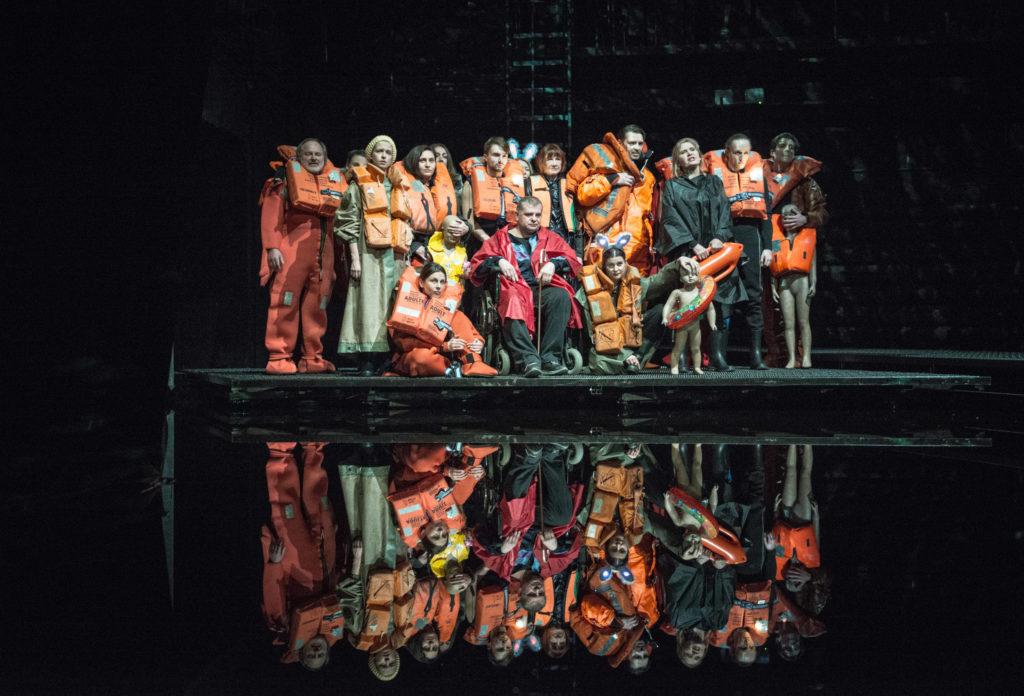 <em>The Protégés</em> by Elfriede Jelinek, dir. Paweł Miśkiewicz, set and costumes by Barbara Hanicka; Stary Teatr, Kraków (2016). Photo credit: Magda Hoeckel