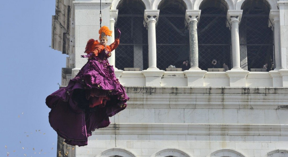 """The Flight of the Angel"": The Ritual Opening of the Carnival of Venice"