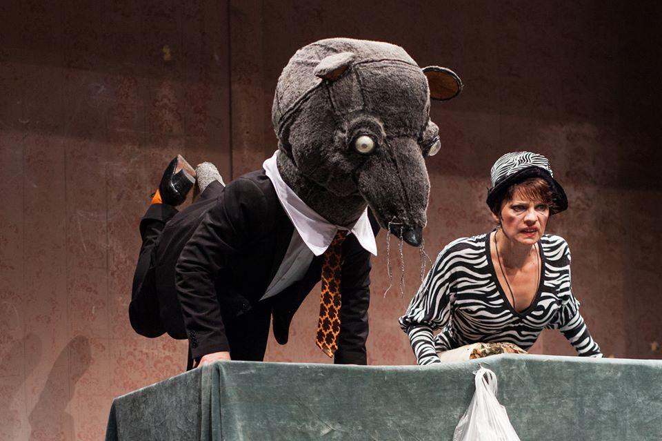 In Search of Identity. Trends in Contemporary Theatre in Romania