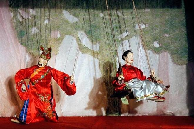 From Strings to Shadows: The 15th Ishara International Puppet Festival
