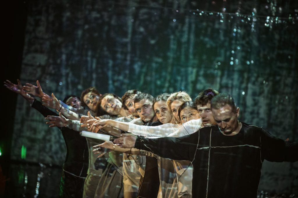 The Decalogue (Dekalog, 2016), directed by Tian Gebing. A Stary Teatr (Krakow) production. Photo credits: Przemysław Krzakiewicz