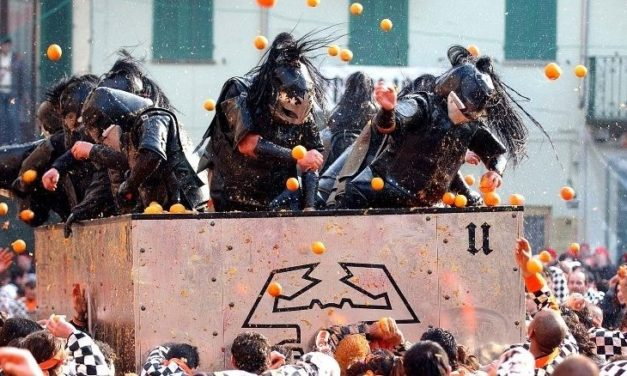 """The Battle of the Oranges"" for the Historical Carnival of Ivrea"