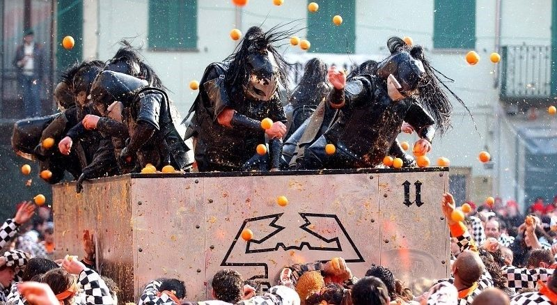 """""""The Battle of the Oranges"""" for the Historical Carnival of Ivrea"""