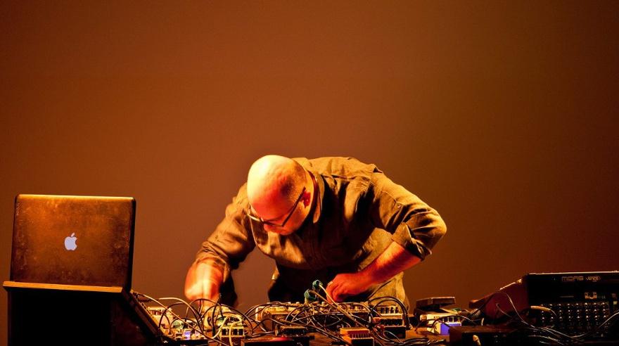 "Hassan Khan, ""Taraban,"" 2015. Live at Portikus, Frankfurt, 2015. Courtesy of the artist. Photographer: Helena Schlichti."