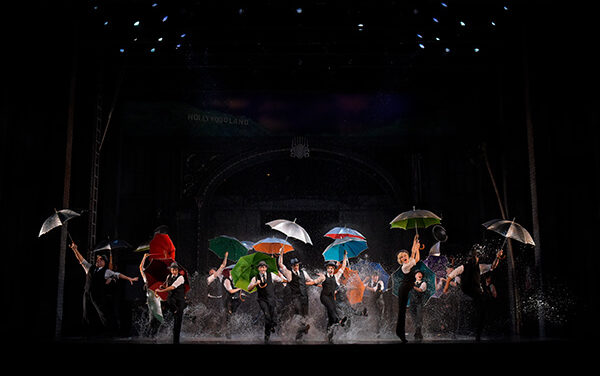 """Singin' in the Rain"" Returns to a Tokyo Stage"