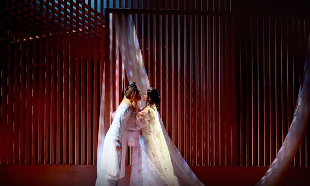 "Romantic Ghosts That Will Not Rest:  Hong Kong Dance Company's ""L'Amour Immortal"""