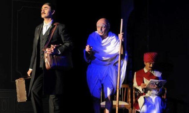 Mahatma Gandhi and His Spiritual Guru Depicted in New Hindu Play