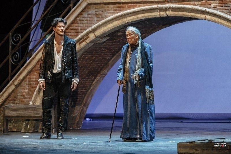 """""""Parlaggio"""": The Open-air Theatre on Garda Lake"""