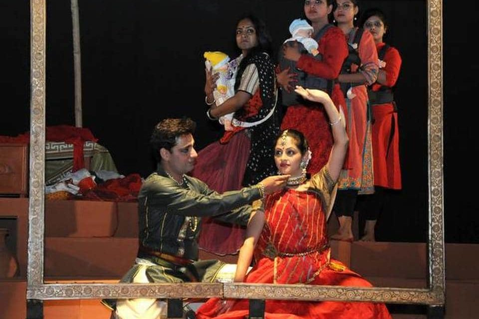 Bridging the Divide at the International Theatre Festival in Kolkata