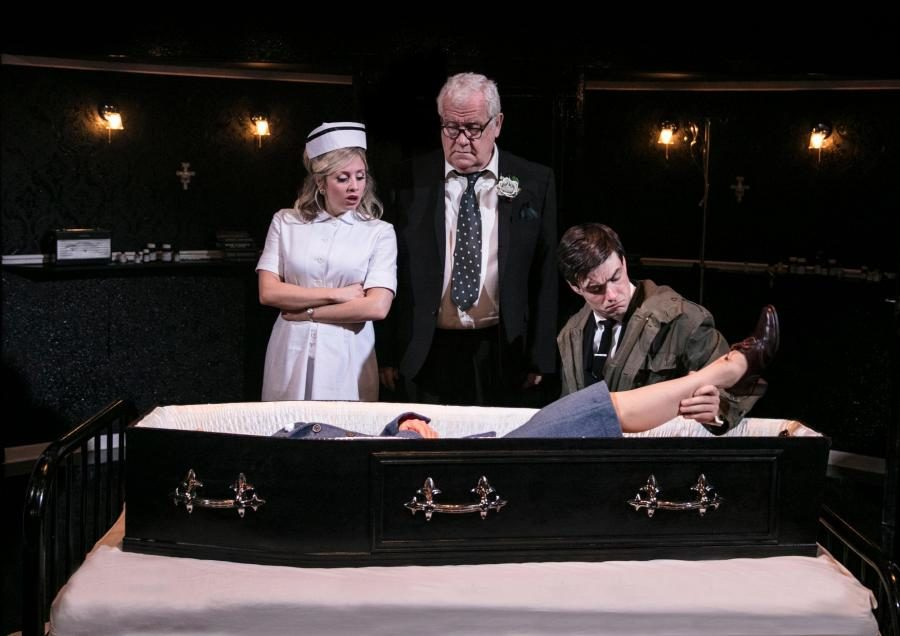 "Joe Orton's ""The Loot"" Revived at Park Theatre"