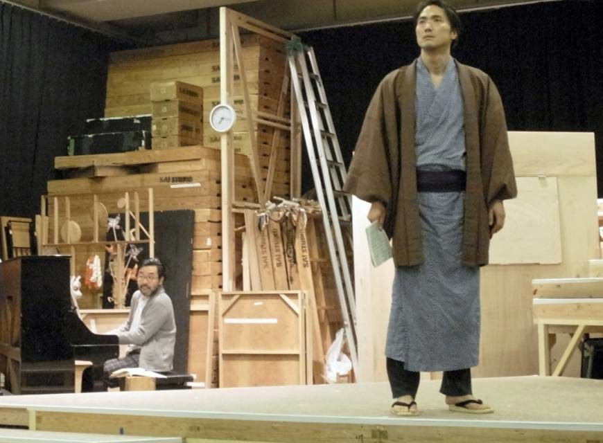 "Takehiro Hira Steps Into a 19th-Century Affair in the Award-Winning ""Kaku Onna"""