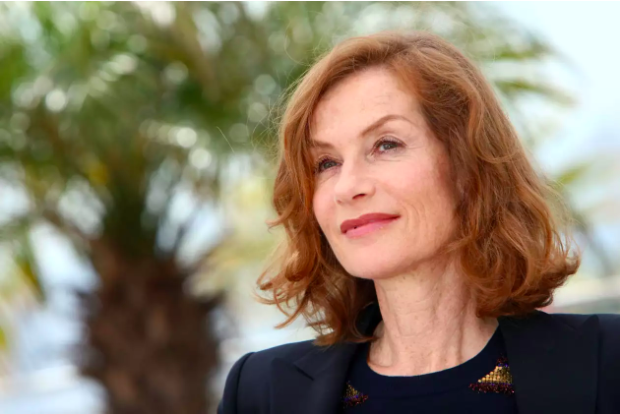 "Isabelle Huppert Talks Her Return To The Stage In ""Phaedra(s)"" And Paul Verhoeven's Controversial ""Elle"""