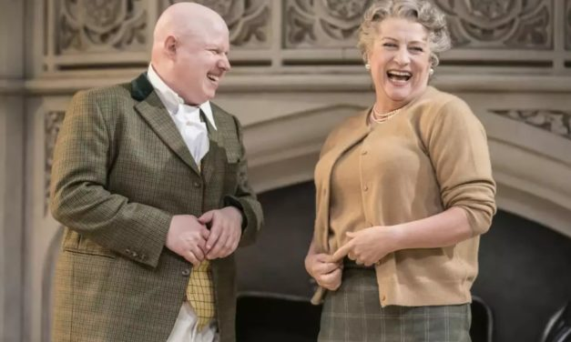 """Me And My Girl,"" Review: Matt Lucas' Stand-In Provokes Frenzied Standing Ovation"
