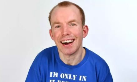 Lost Voice Guy – Edinburgh Fringe, Review: Pointed Laughs From The Britain's Got Talent Winner
