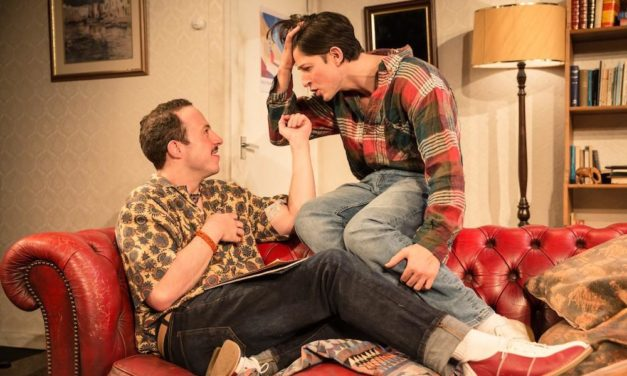 "Kevin Elyot's ""Coming Clean"" At The Trafalgar Studios"