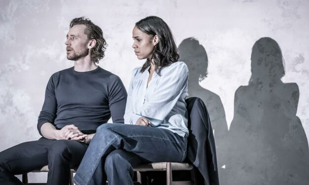 "Harold Pinter's ""Betrayal"" At The Harold Pinter Theatre: Brilliant Minimalism"