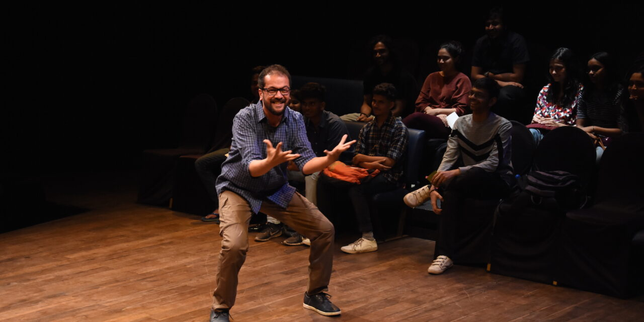 """Mental Illness And Childhood Trauma On Indian Stage: QTP's """"Every Brilliant Thing"""""""