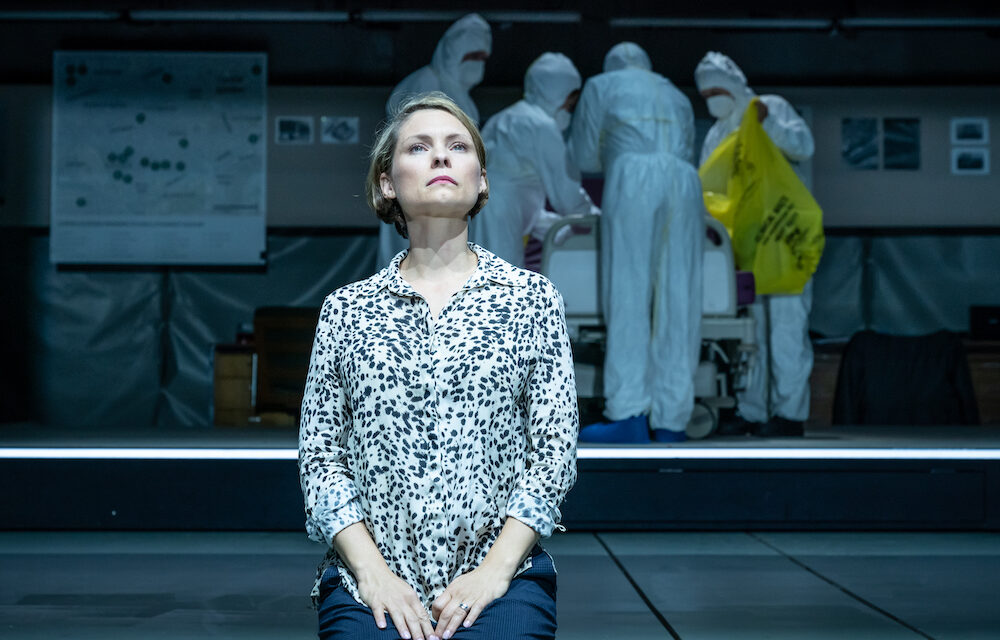 "Lucy Prebble's ""A Very Expensive Poison"" at the Old Vic: Post-truth Games with Docu-drama"