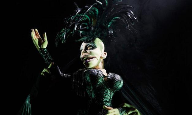 """""""HEN"""" – Gender Fluid Puppetry at The Mouffetard – Théâtre des Arts de la Marionnette, Paris"""