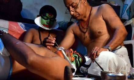 Chutti Artiste Margi Raveendran Nair's Make-Up Transforms Kathakali Actors into Characters