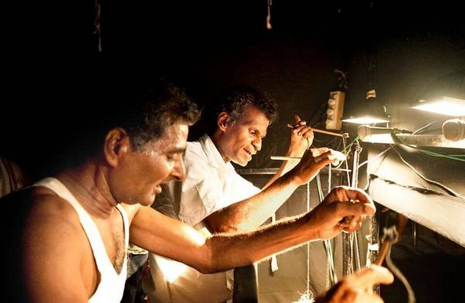 """""""Koothu"""" Comes Home: How Group Of Shadow Puppeteers In Salem Streamed A Play Live On Facebook"""