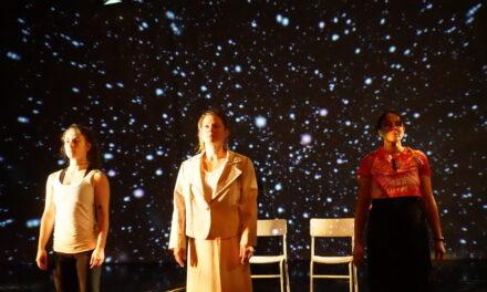 """Fission"": Entangling Science, Theatre and Mātauranga Māori."