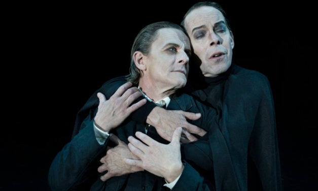 """Waiting for Gretchen: Faust"" – Teater Republique"