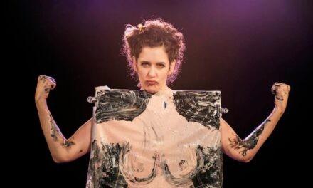 Eight Lights of the Israeli Theater: Isra-Drama Performances that are Worth Seeing Twice – Online and Offline