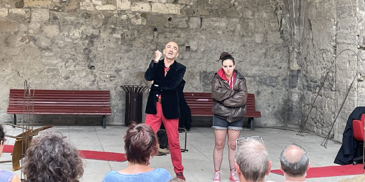 """Immersion and Spectator Self-Reckoning: """"Boxing Shadows"""" at the Avignon Theatre Festival"""