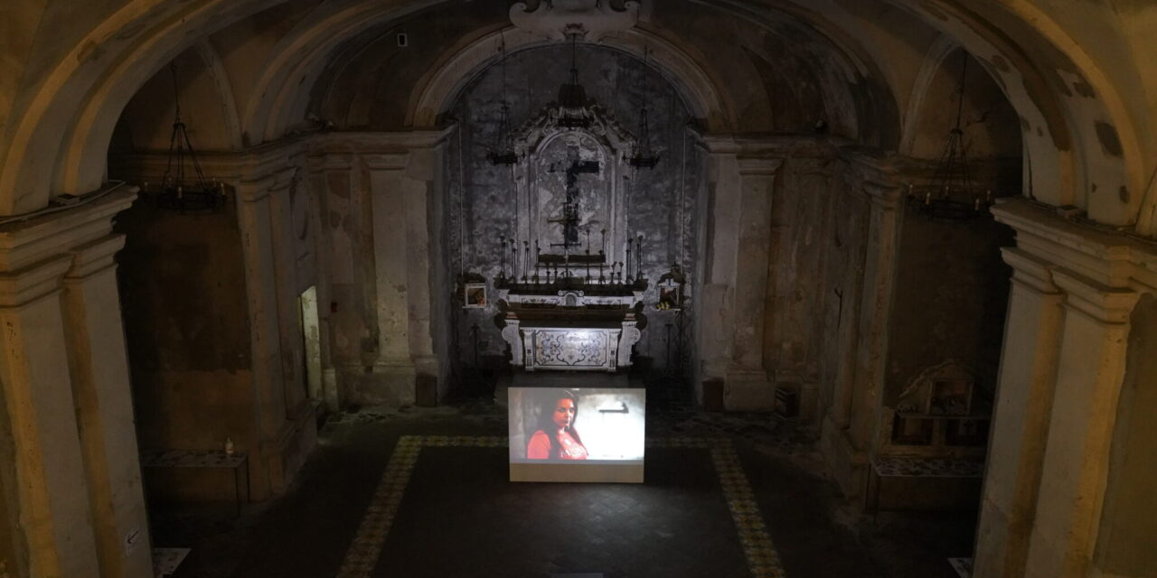 """""""Braids on Fire"""": Anna Witt's Video Installation and Performances in Naples"""