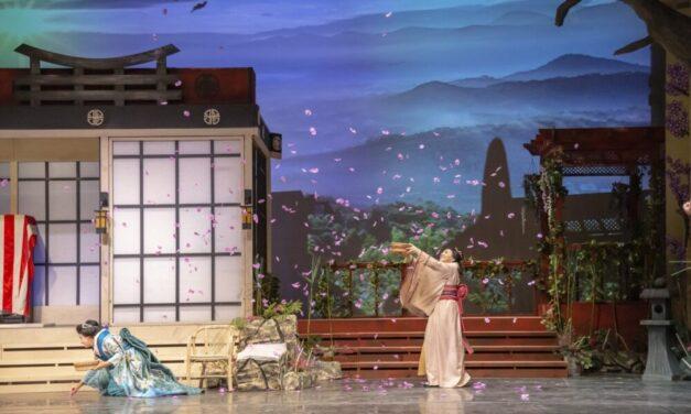 """3 Sopranos, 3 Tenors"" to Perform in Aspendos Opera, Ballet Fest"